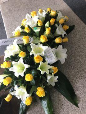 Cuscino funebre di Lilium e Rose