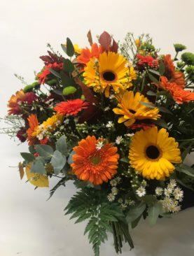 Fascio fiori con colori autunnali