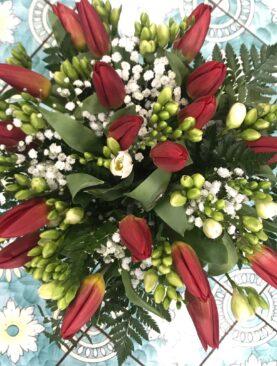 Bouquet di tulipani e fresie